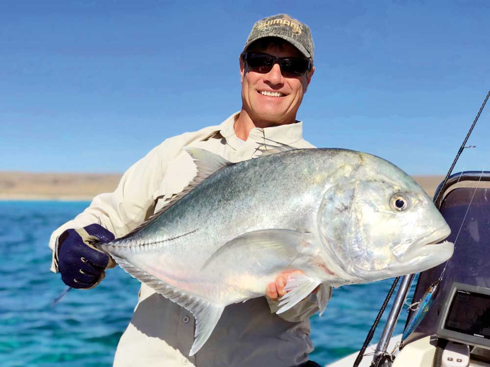 EXMOUTH-GIANT-TREVALLY-.jpg