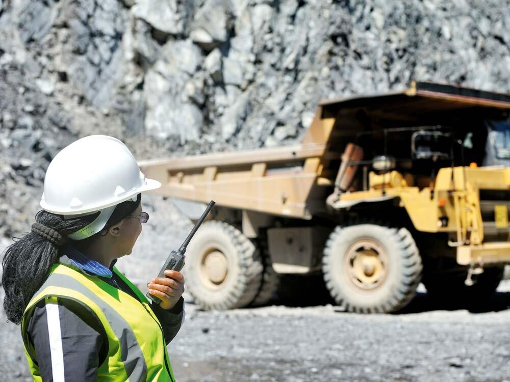 Mining_Woman_1.jpg