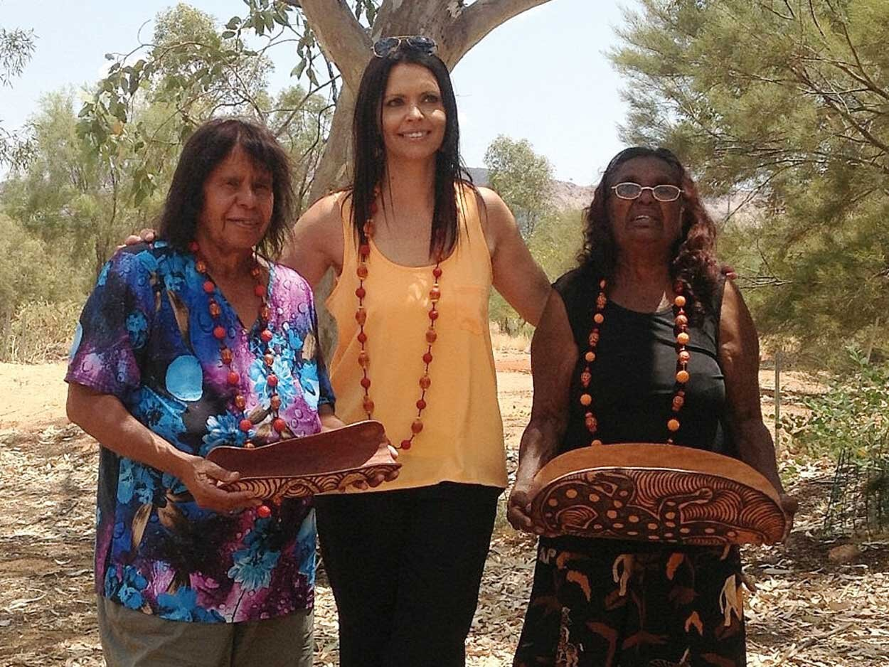 Collecting-seeds-for-jewelley-in-the-bush-with-mothers-.jpg