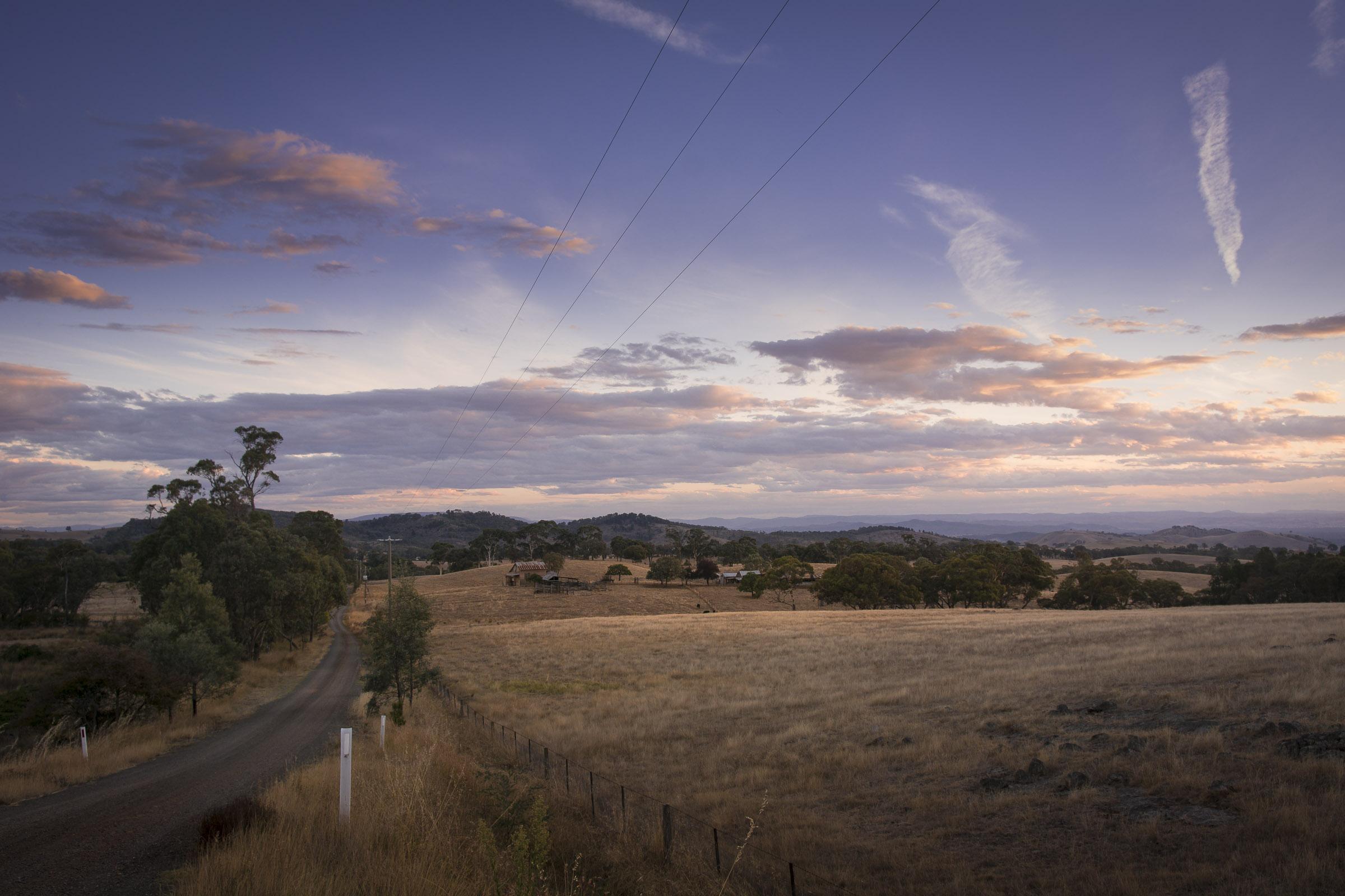 Looking south from Wangaratta-Beechworth road