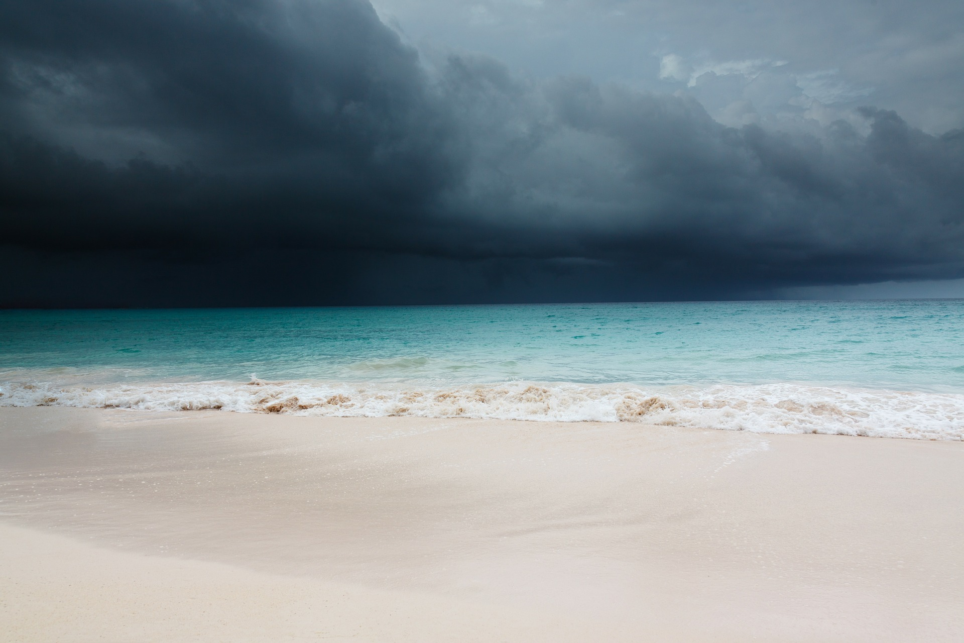 Safeguard your honeymoon - Precautions for an August or september trip to the Caribbean