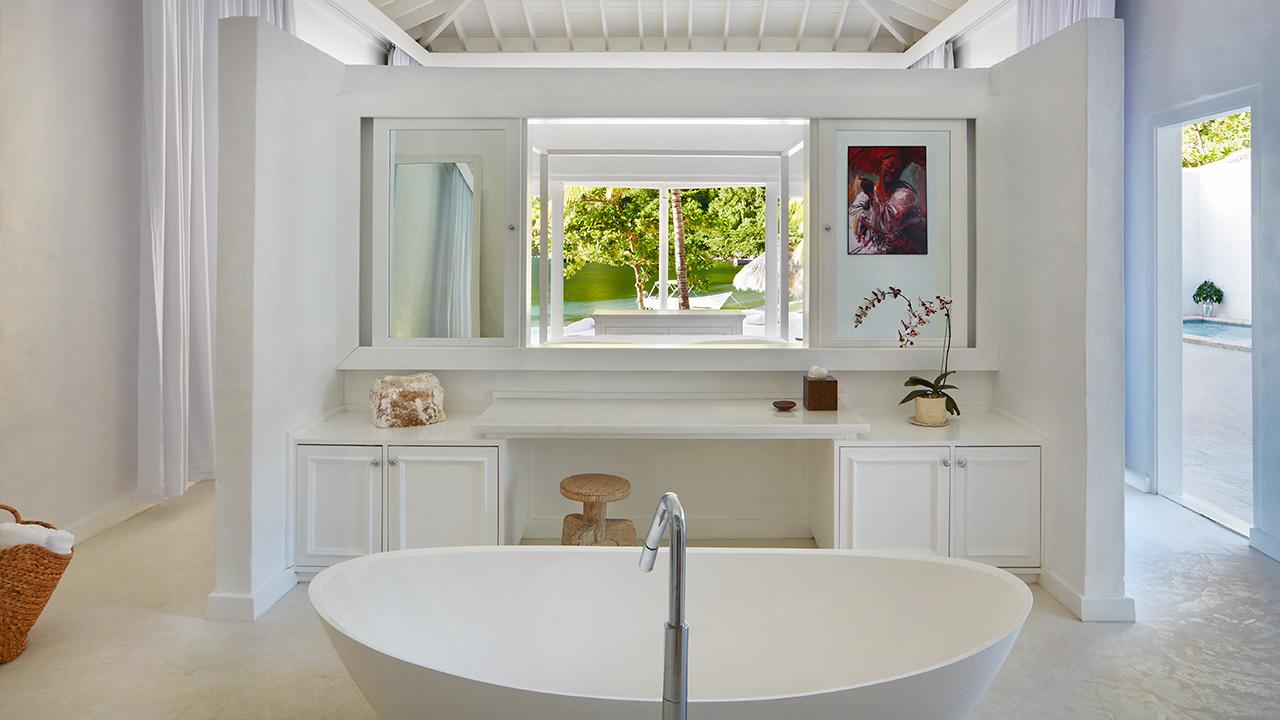 vsb-luxury-beachfront-bungalow-4700-1280x720.jpg
