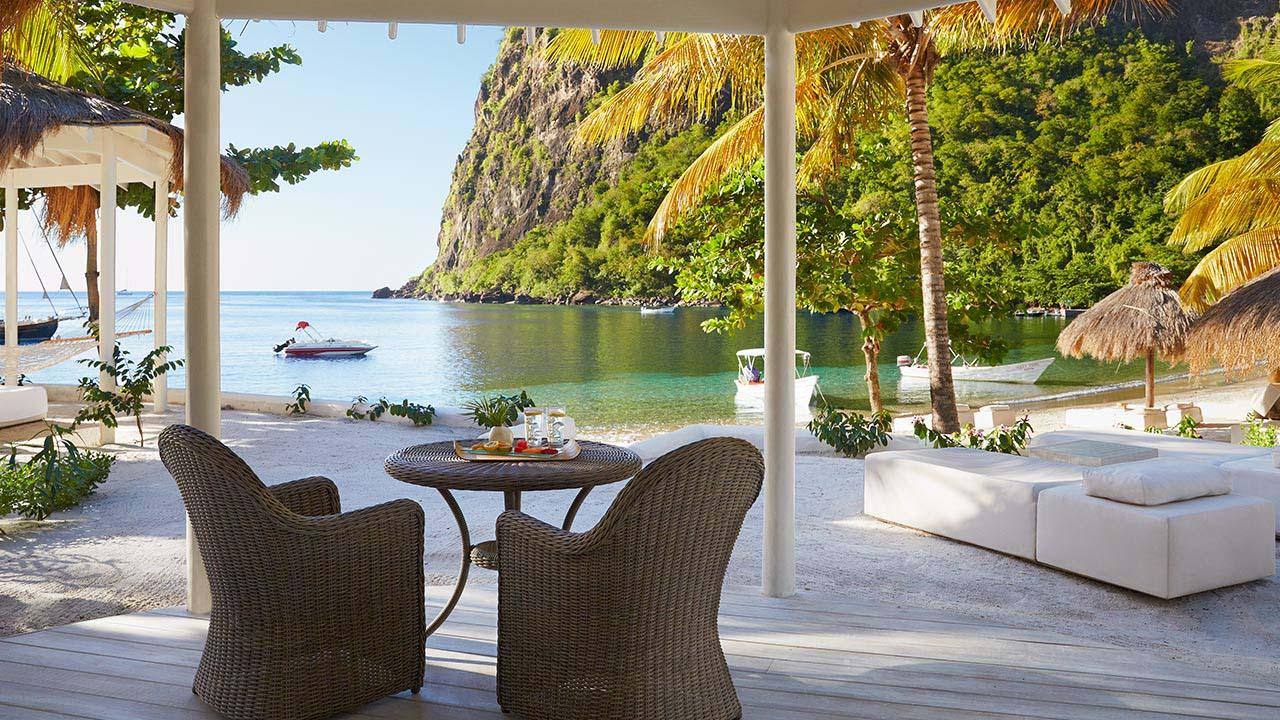 vsb-luxury-beachfront-bungalow-4783-1280x720.jpg