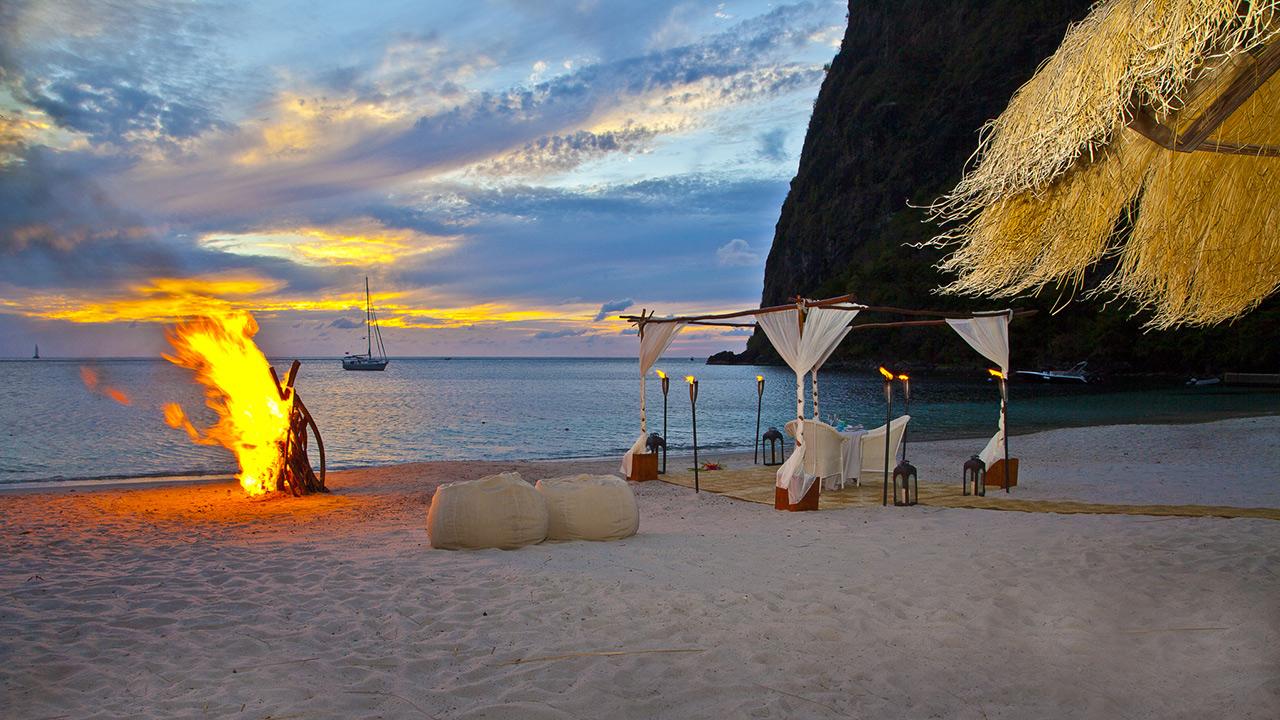 vsb-sb2-beach-private-dinner-1280x720.jpg