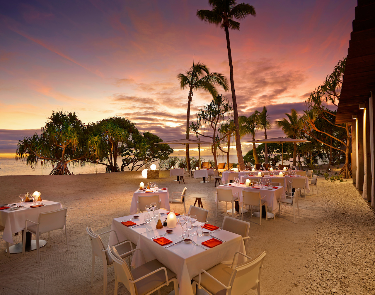 BRANDO_Restaurant-BeachDining-Sunset 1.jpg