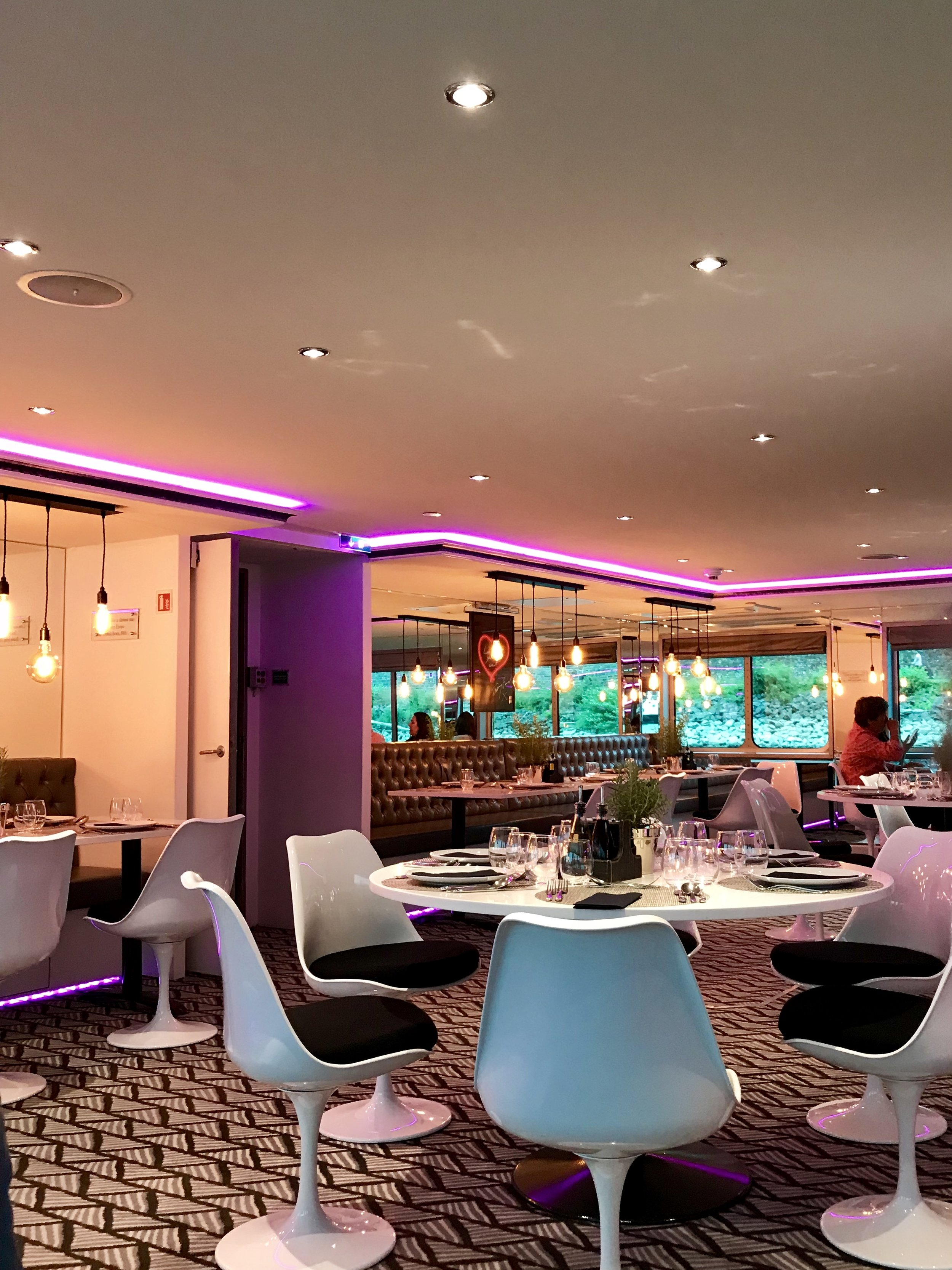 U by Uniworld Dining Room.jpg