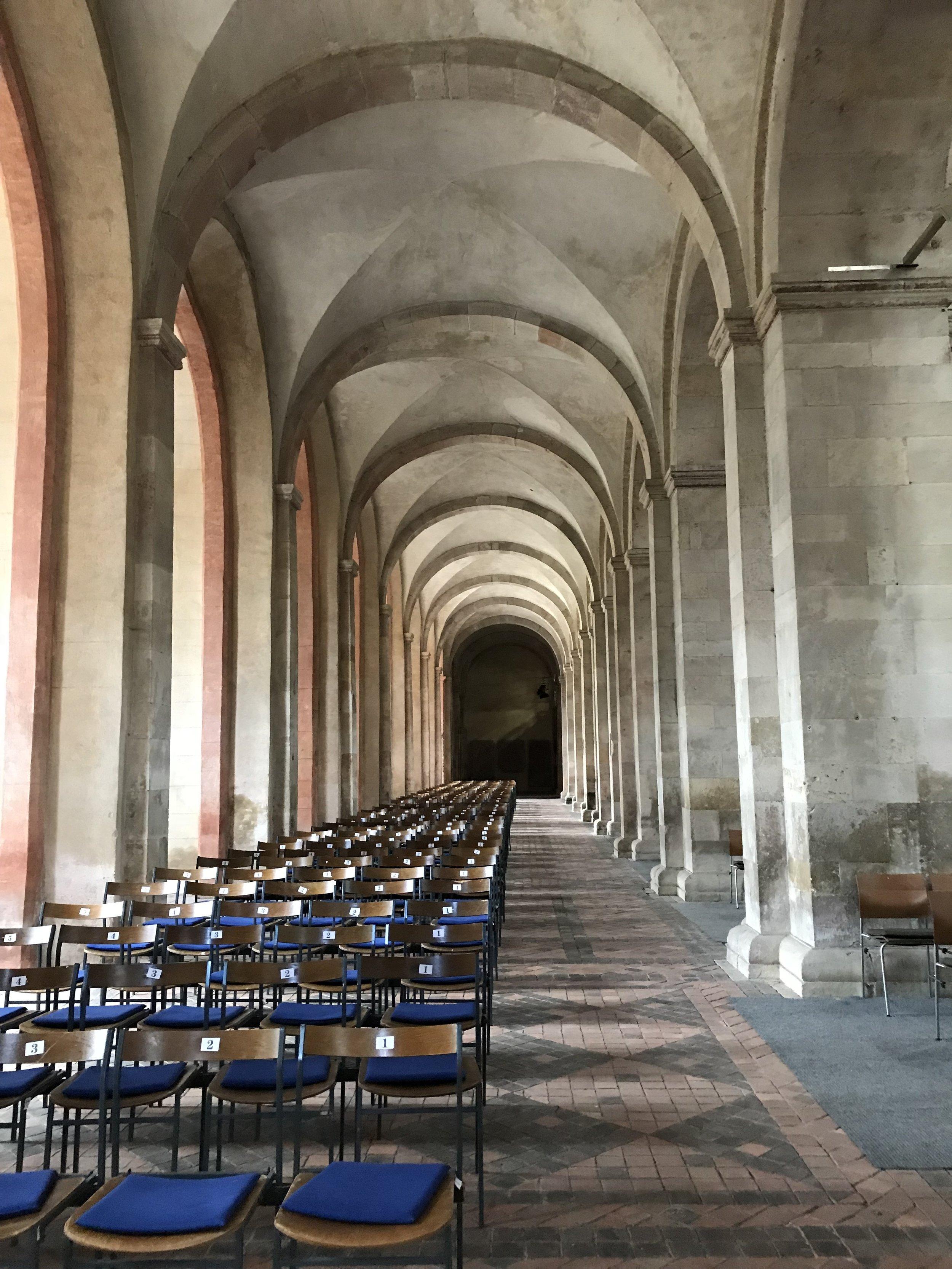 Kloster Eberbach basilica.jpg