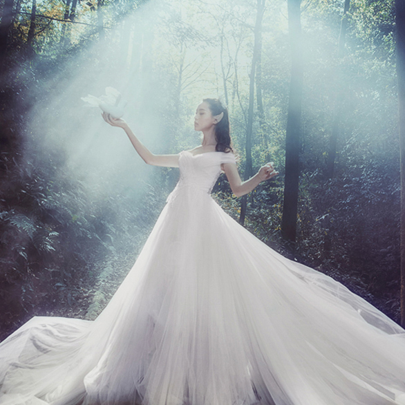 Wedding Dress-2.jpg
