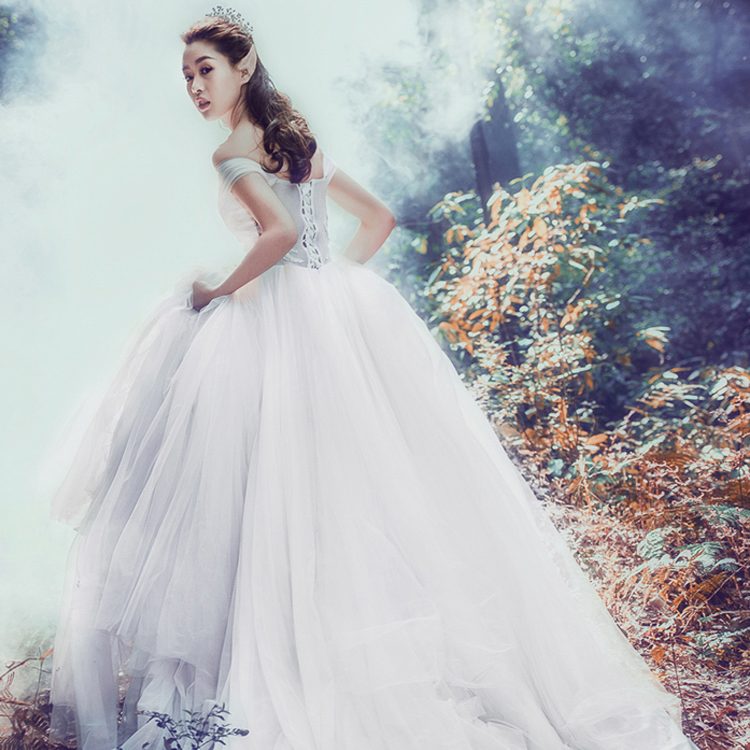 Wedding Dress-3.jpg