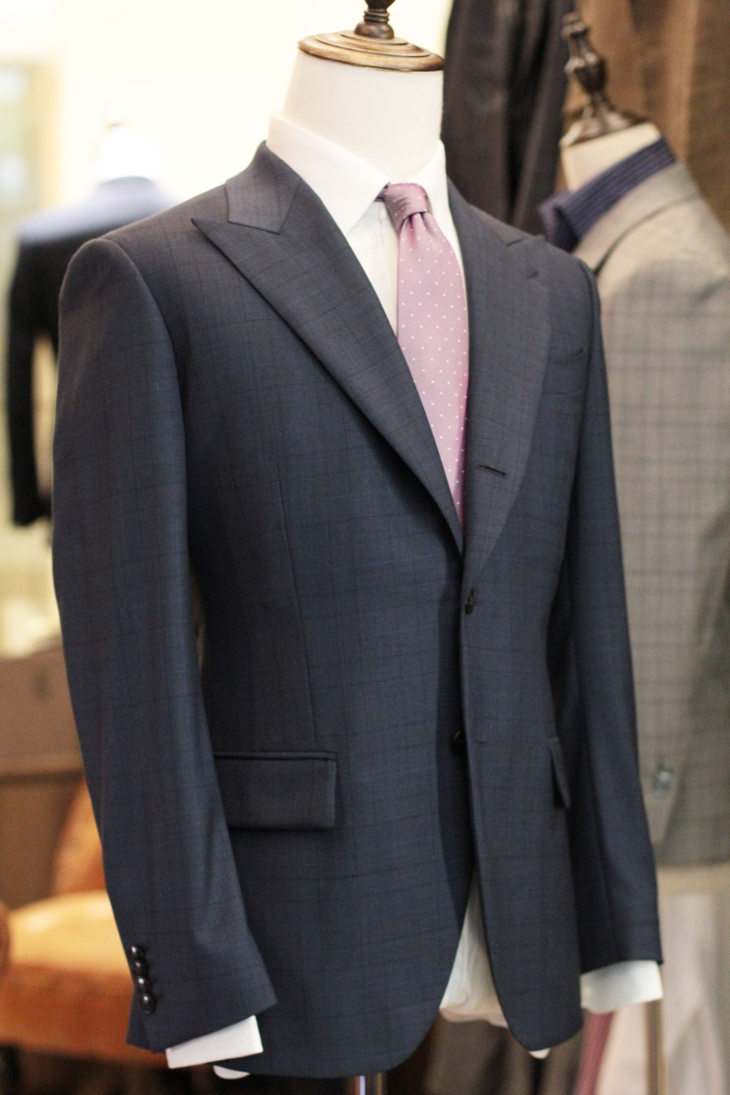 Mr Mimic Made Suits Prince of Wales Checks Blue.JPG