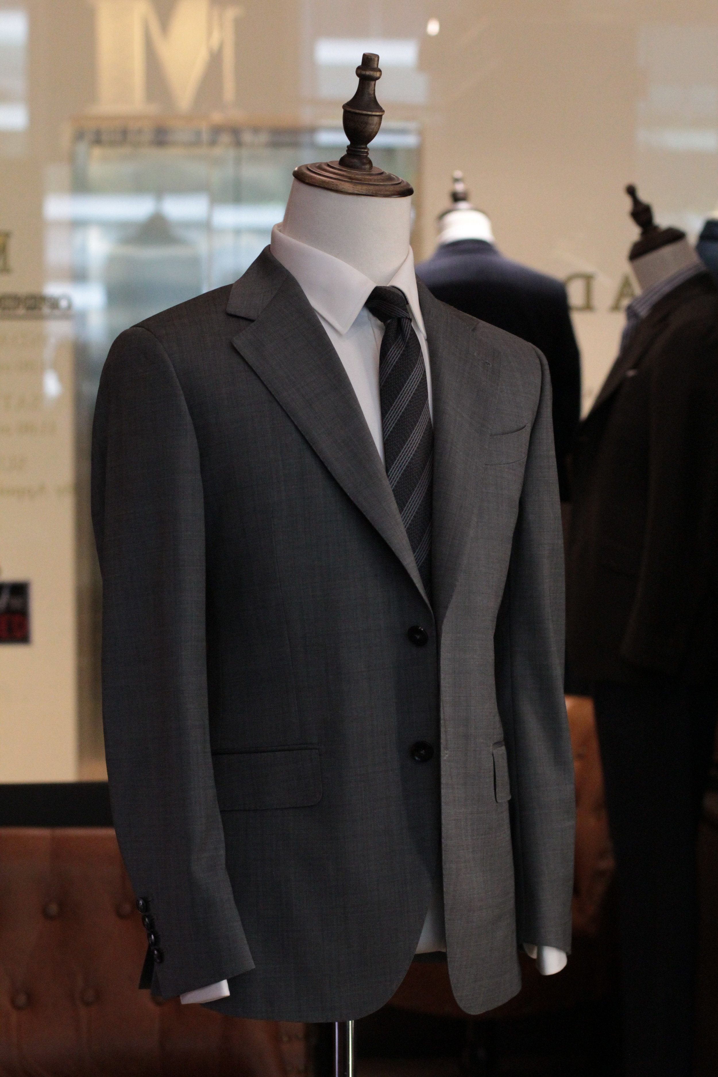 Mr Barbera Made Suits | Made to Measure Suits |Bespoke Singapore Tailor STYLBIELLA Side View.JPG
