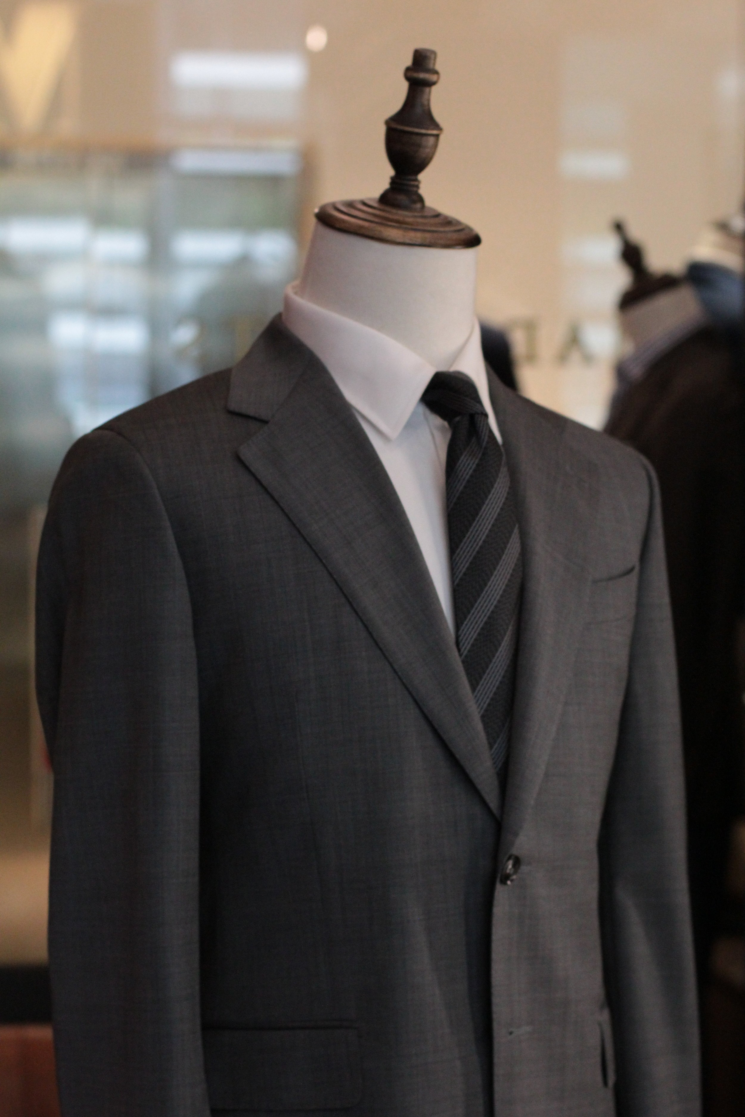 Mr Barbera Made Suits | Made to Measure Suits |Bespoke Singapore Tailor STYLBIELLA closeup.JPG