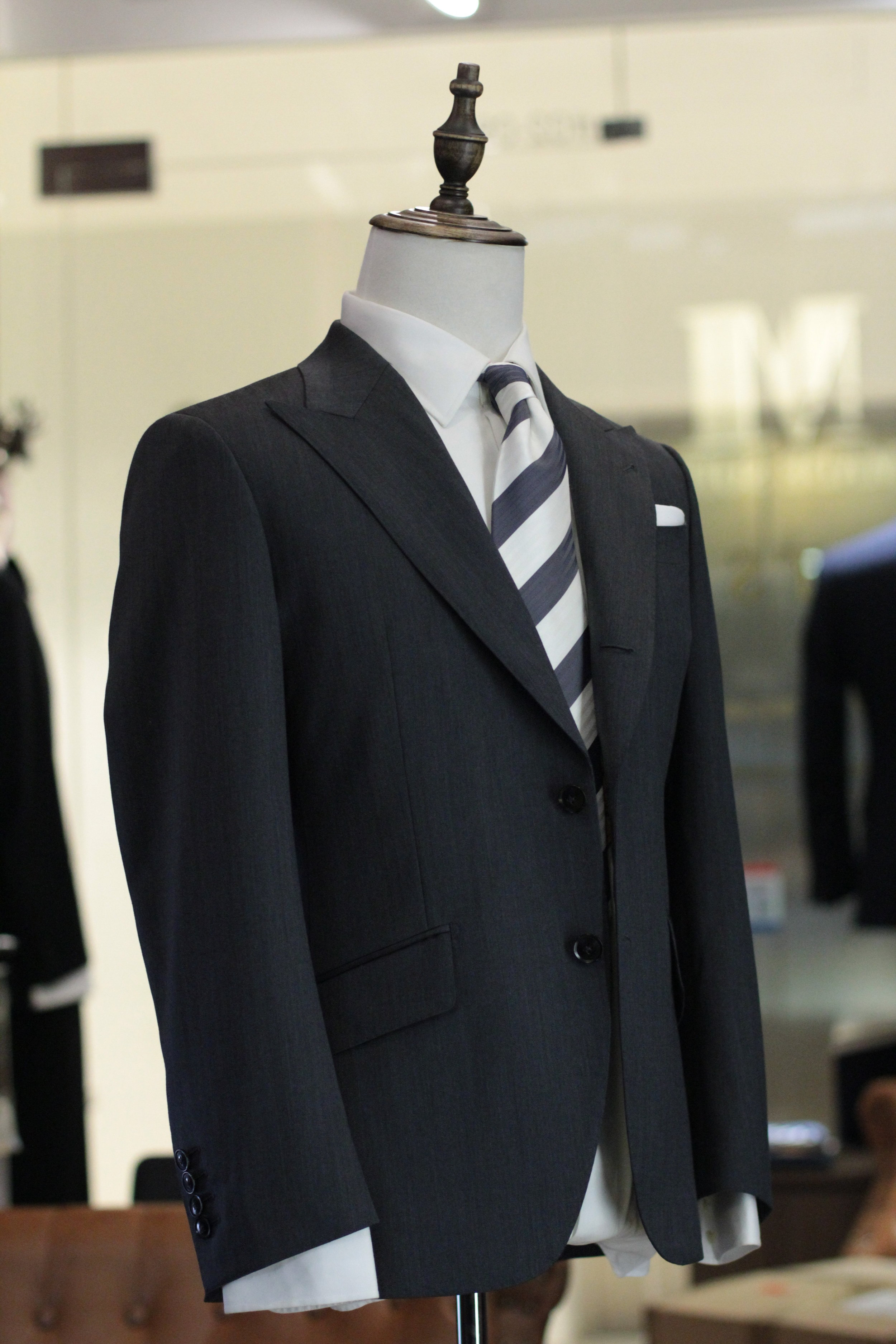 Mr Seal   Made Suits Singapore tailor made to measure side view Peak Lapel .JPG