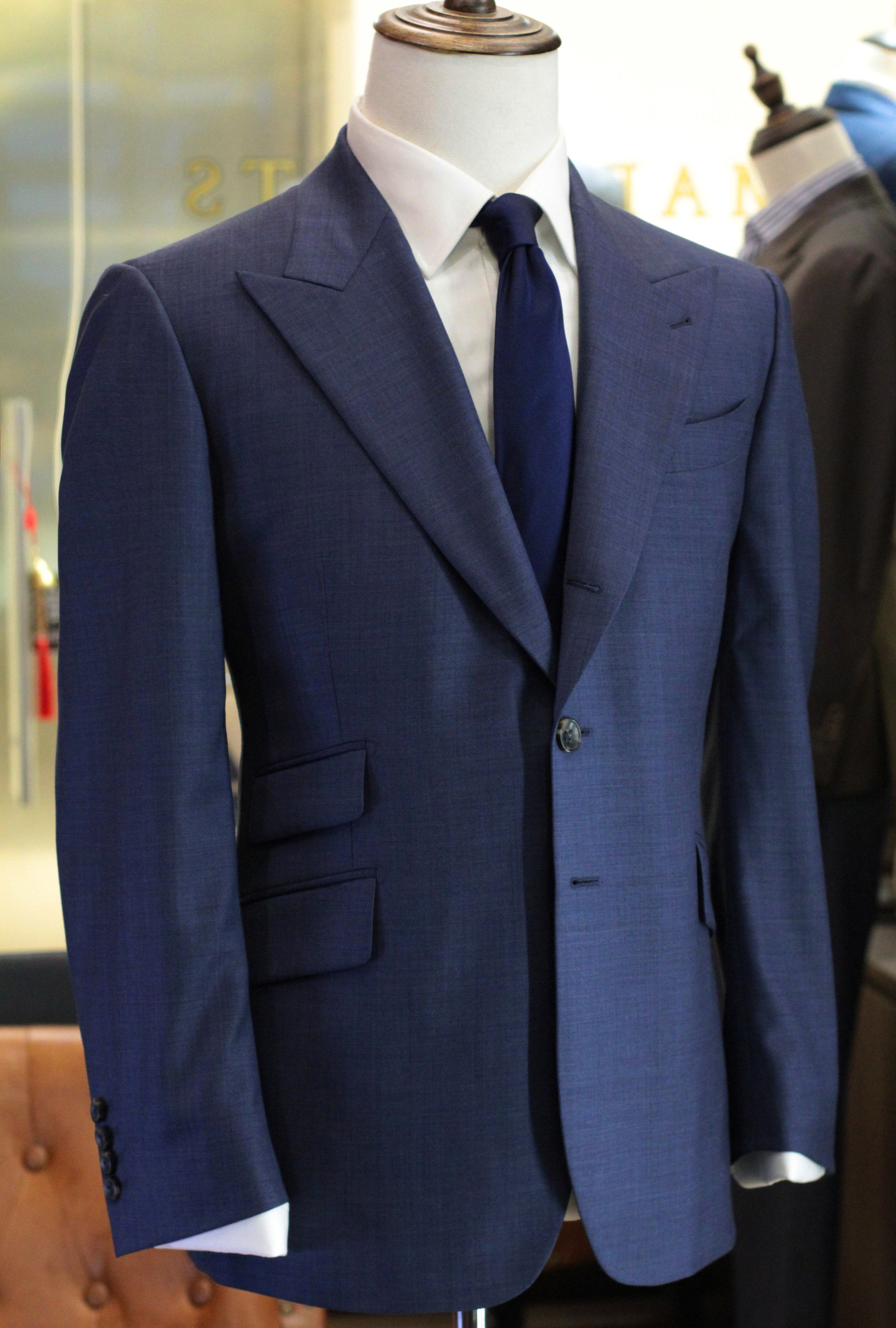 Less Rounded Bottom Suit.