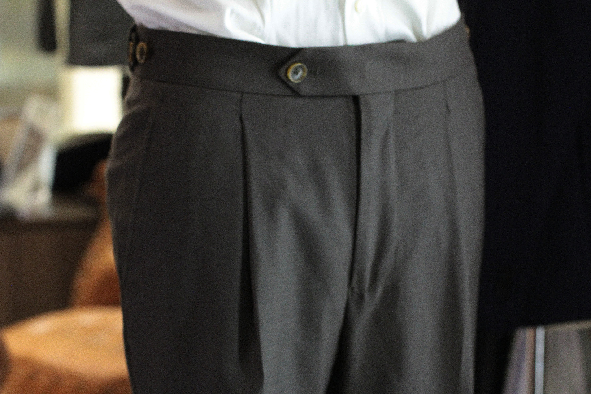 Extended tab and zip fly with  Button Closure  for higher waisted look.
