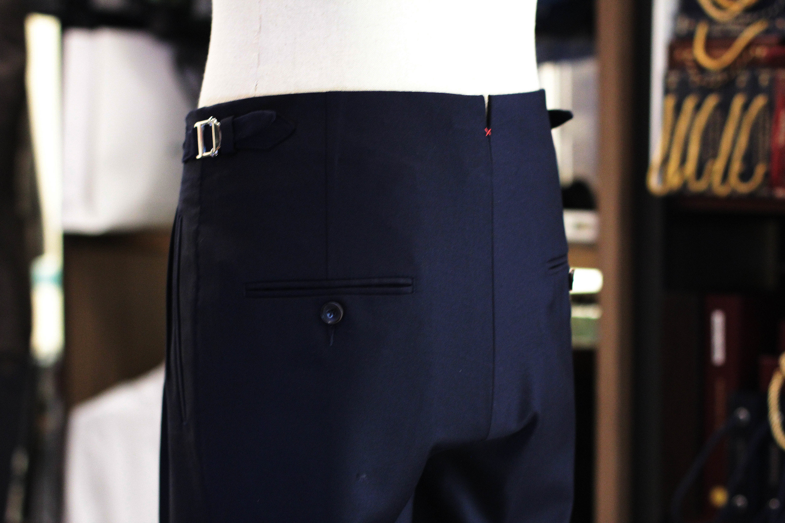 Navy Blue Holland Waistband Pleats Trousers Double Pleated Trousers FILARTE view back silt x red.JPG