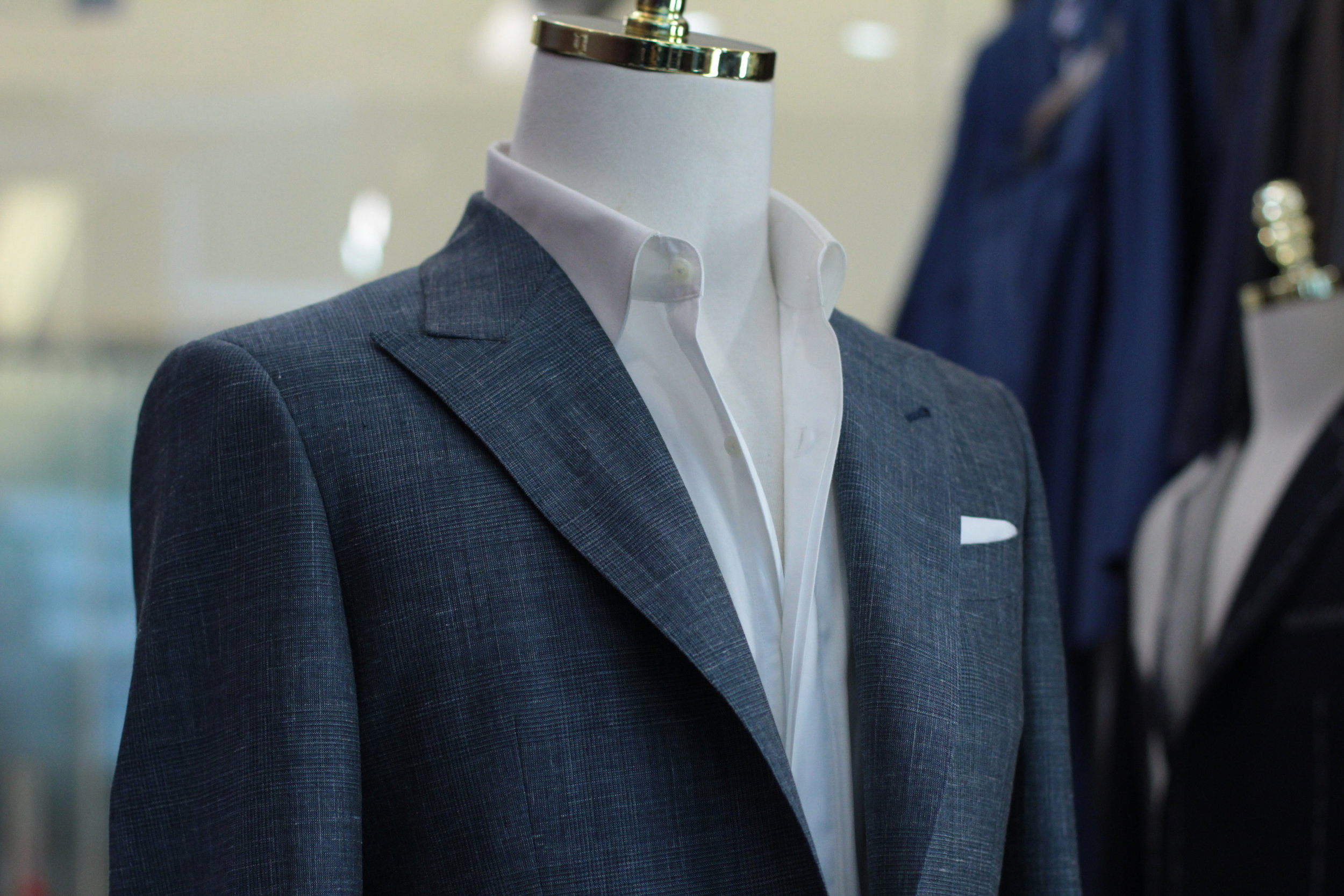 Made Suits Dragon Gate   STYLBIELLA   Suit   Made to Measure Suits Peak Lapel.JPG