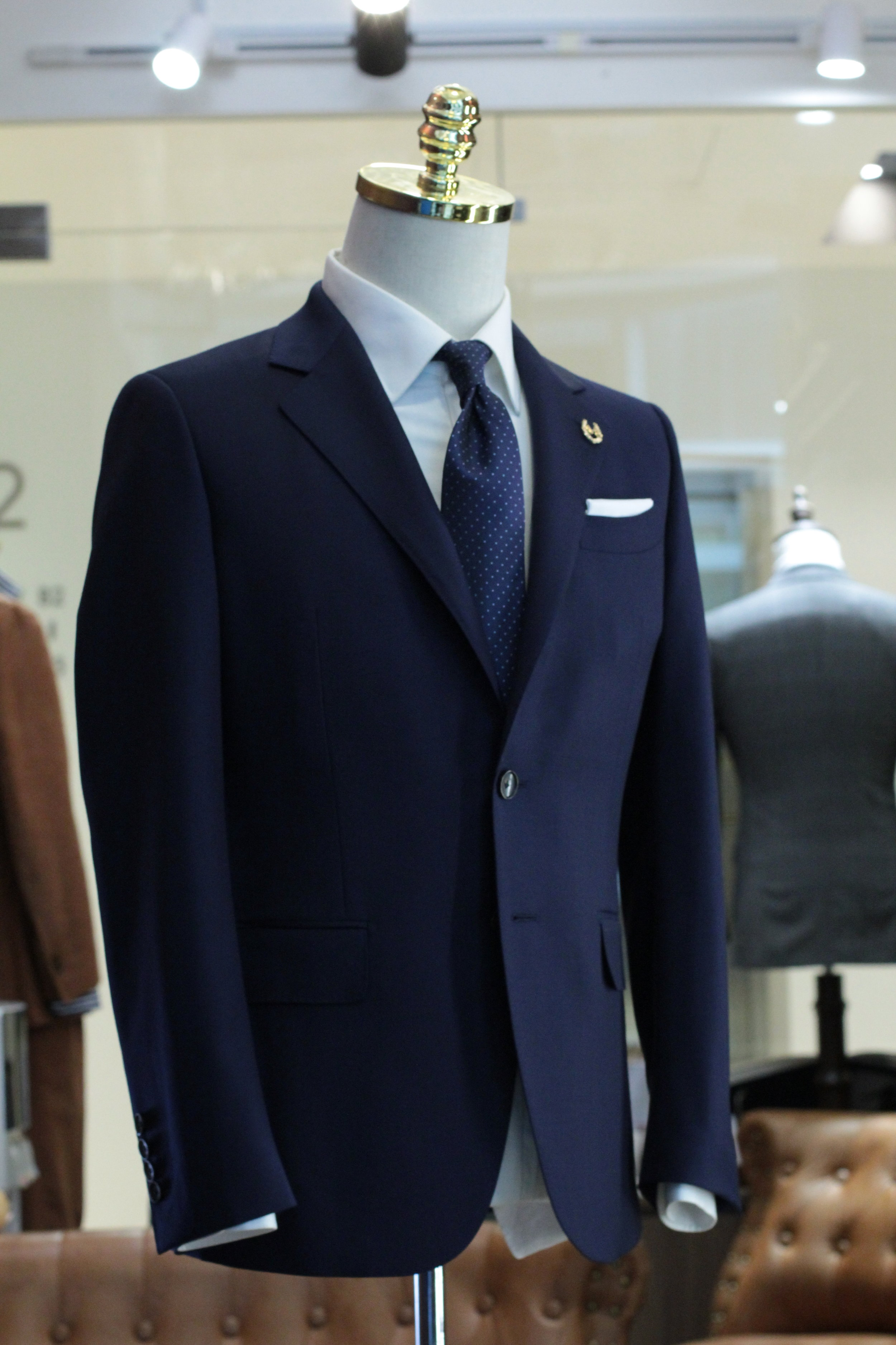 Made Suits Conan Notched Lapel Suit Navy Blue FILARTE Made to Measure Suit Side view.JPG