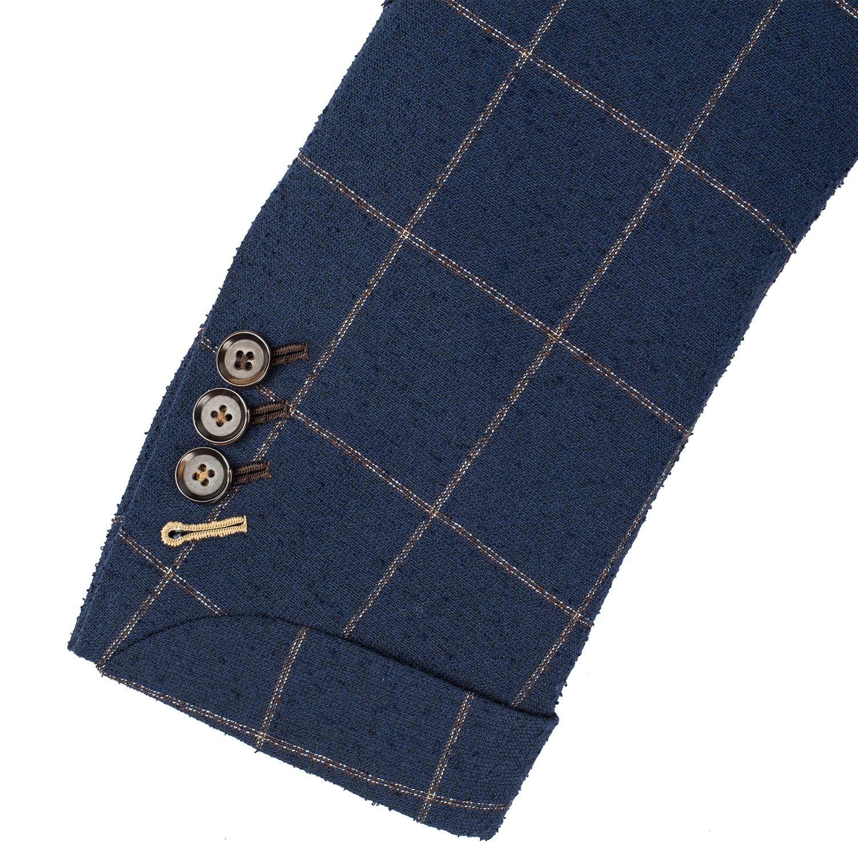 Contrast Sleeve Stitching