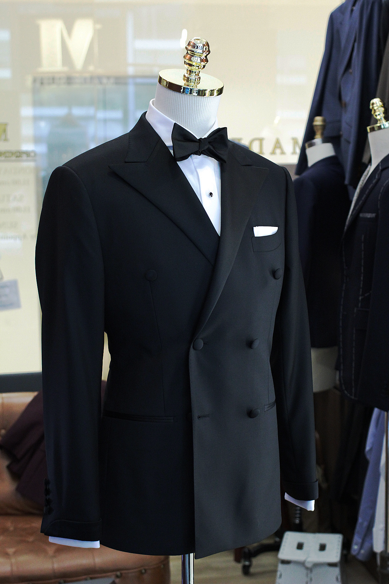 andie-chen-Made-Suits-Singapore-Tuxedo-double-breasted-suit1.JPG