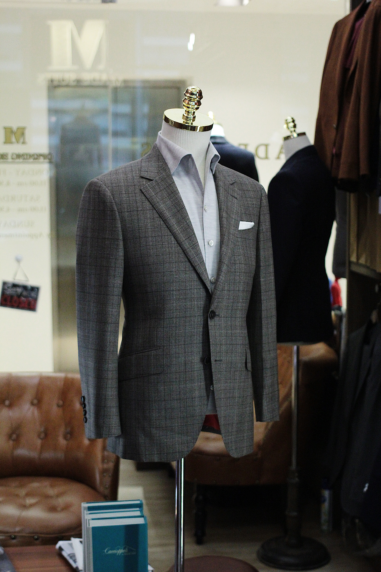 brooklyn   Tailor Made Suits   Made Suits Singapore   Fratelli Tallia Di Delfino suit   Single Breasted Suit Side.JPG