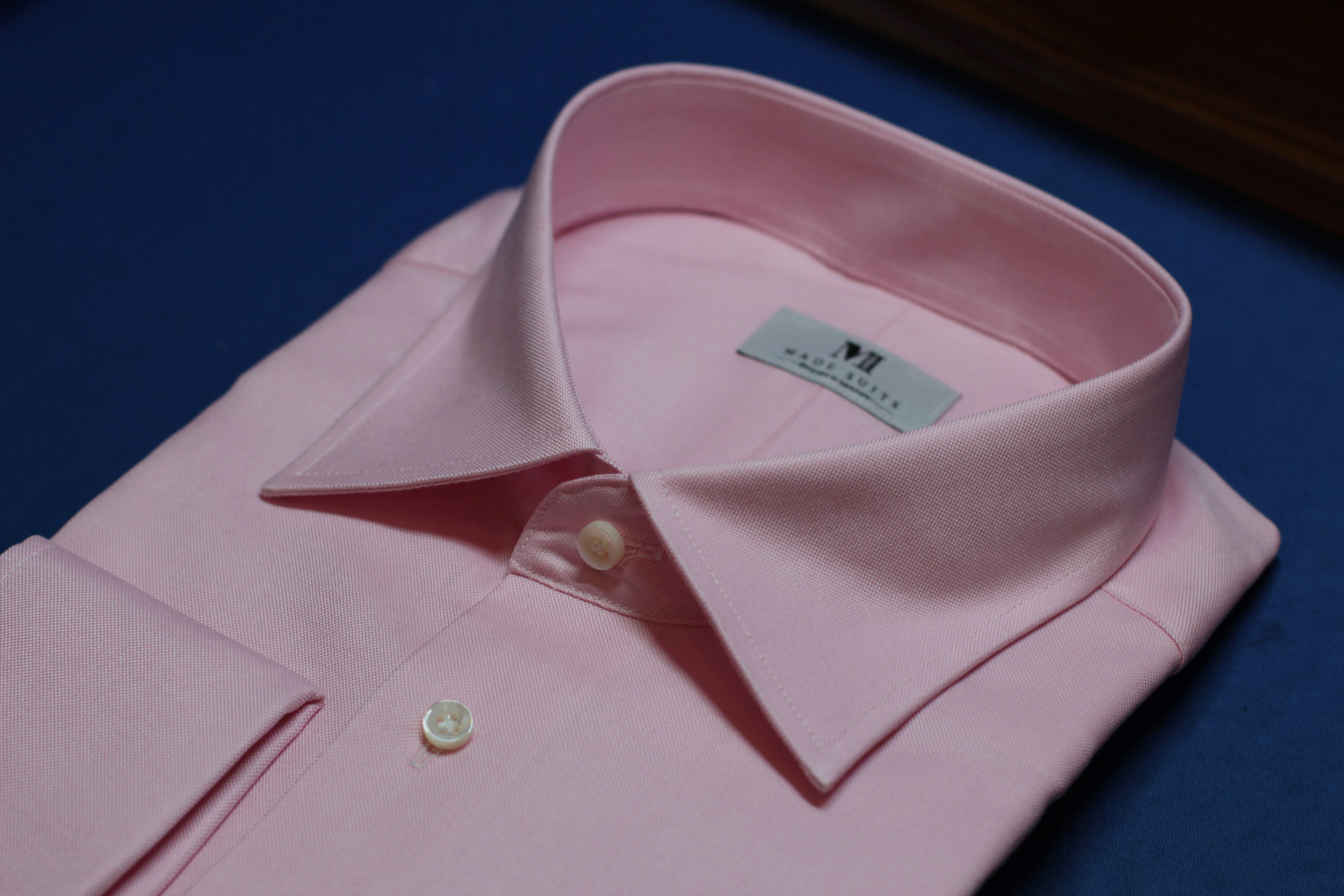 Pink Oxford side collar.JPG