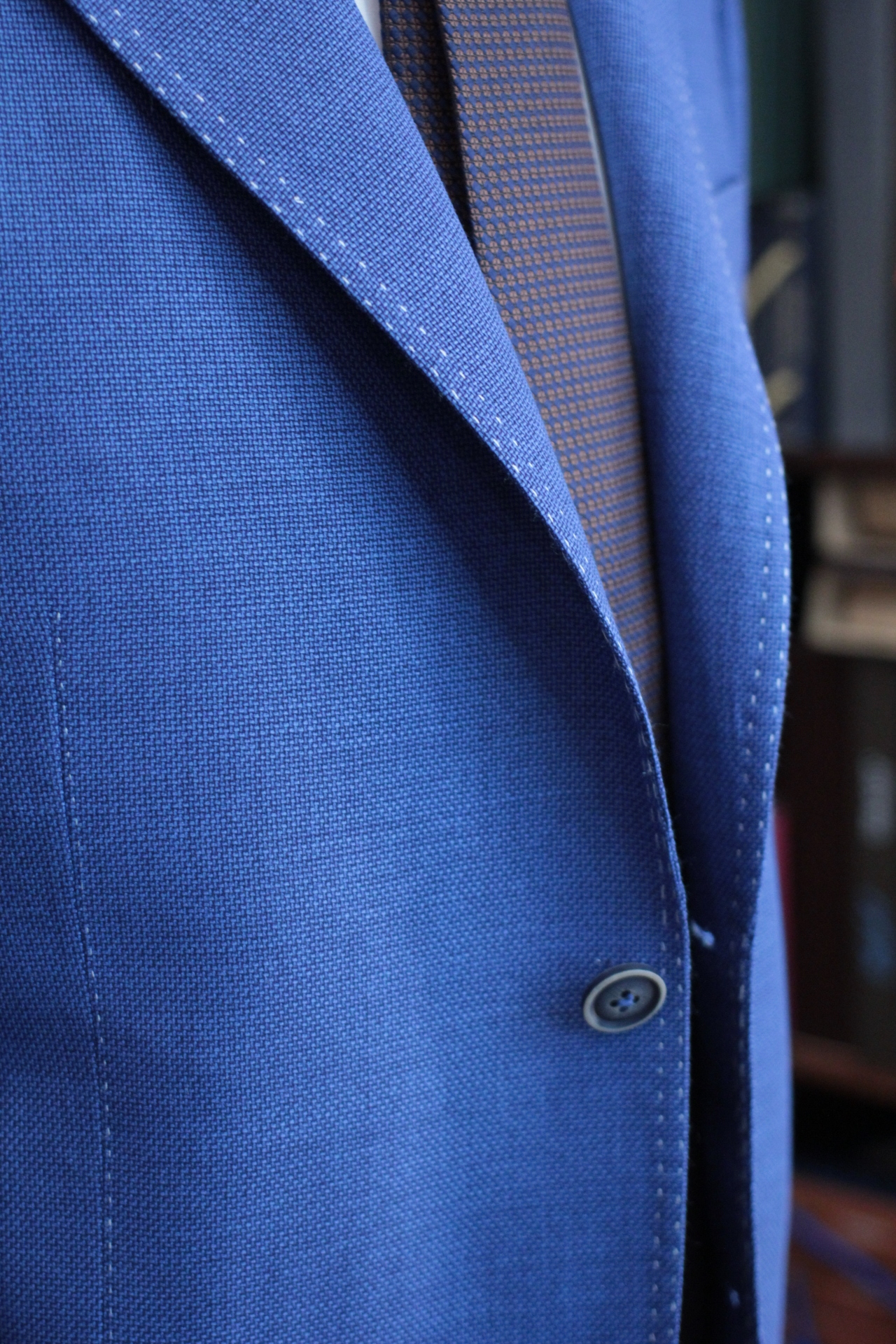 Natural Lapel Roll