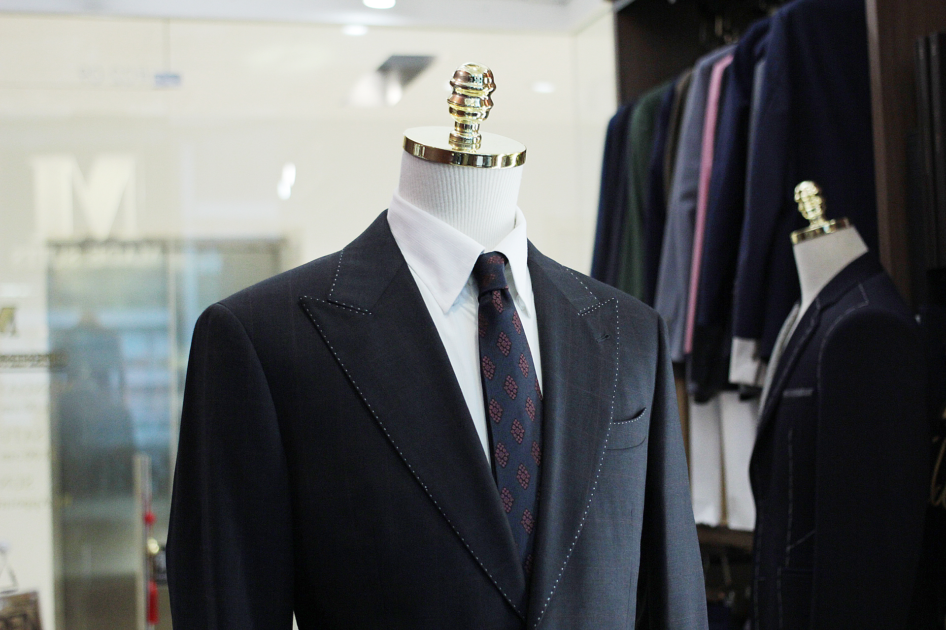 The+City+Hunter+Made+Suits+Singapore+tailor+made+to+measure front.JPG