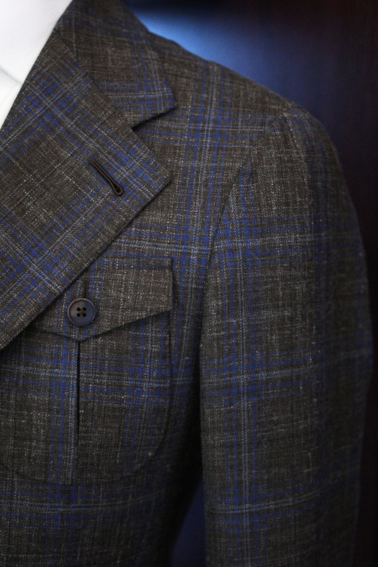 Soft Shoulder with Matching Checks