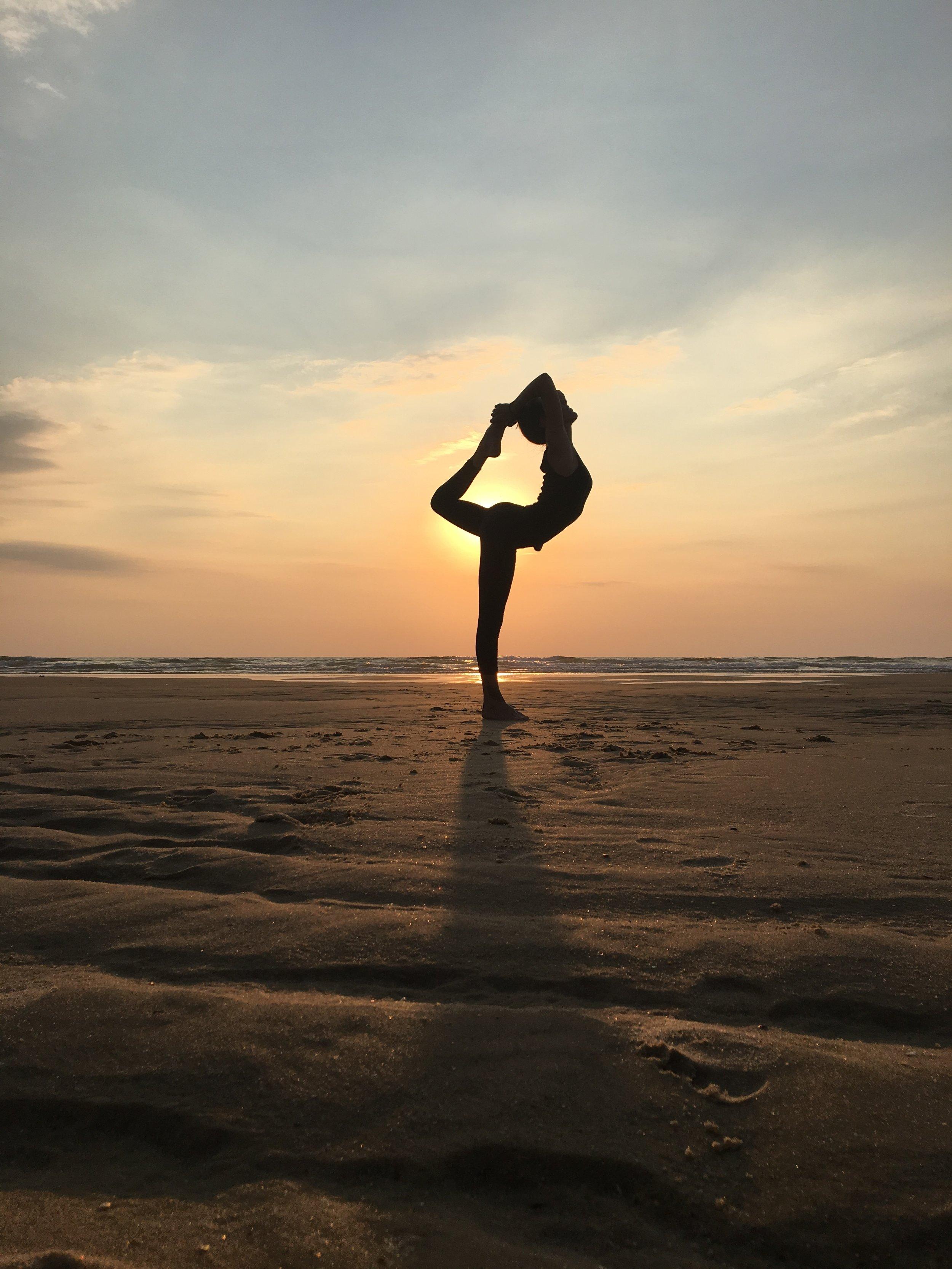 ELLE - Ma femme est une âme passionnée, sensible et courageuse. Ce mélange fait d'elle la personne la plus authentique qu'il m'ait été donné de rencontrer.Le yoga fait partie intégrante de sa vie, après 10 années passées à l'enseigner sur Paris mais surtout à le pratiquer partout dans le monde auprès de ceux qui l'inspirent.Aujourd'hui, elle insuffle son énergie dans nos projets, idées, rencontres, voyages... Leur donnant, sans même s'en rendre compte, cette saveur unique qu'ont les choses lorsqu'elles sont guidées par la passion.