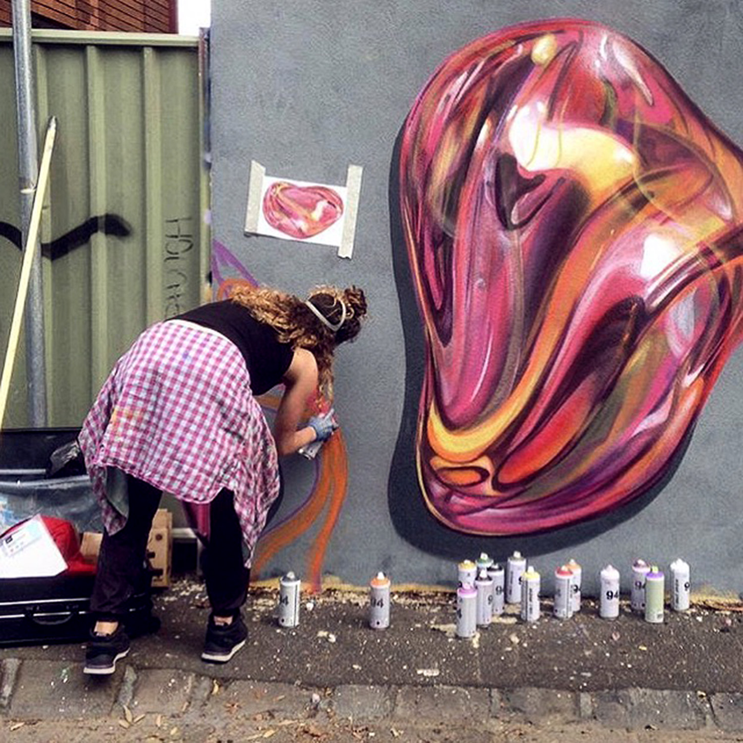 Spray painting abstract shapes and reflections