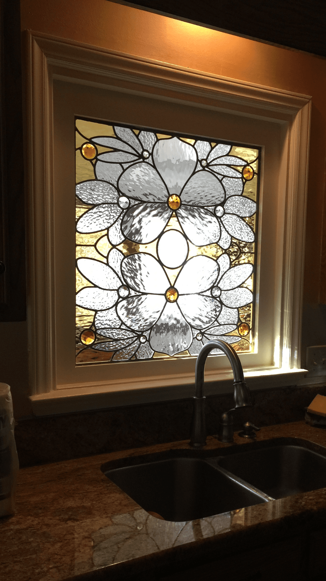 18-Tess window-1242x2208.png