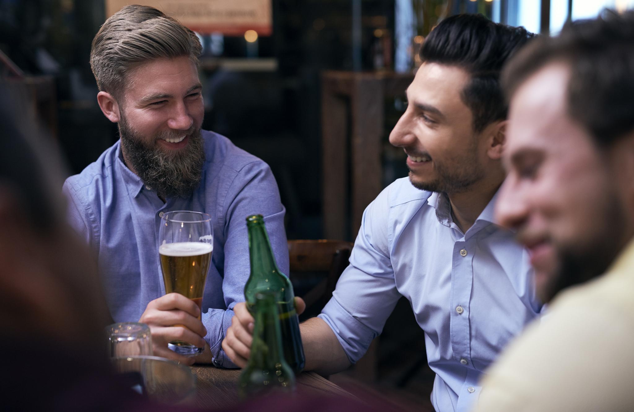 Afterski Drinkbord Premium - Vinterträdgården. Drinkbord med sittplatser nära scenen, 2 öl 2 Jägermeister ingår. Minst 6 per bord.795kr