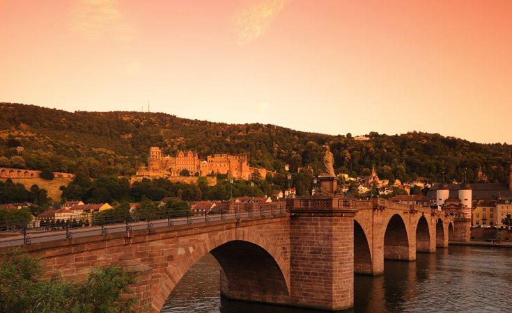 Rhine-Strasbourg-Hiedelberg2_735_450_84_c1.jpg