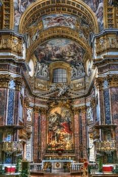 Inside church st petersburg pexels-photo-157236.jpg
