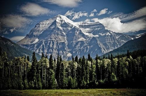 mountain-1462655_1920.jpg