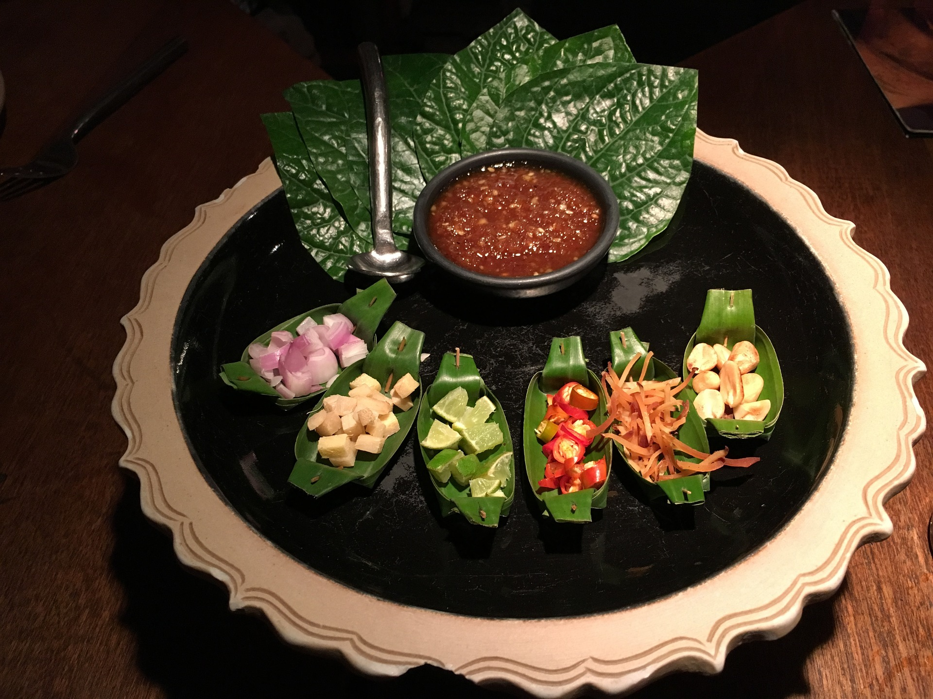 eat-thai-1532688_1920.jpg