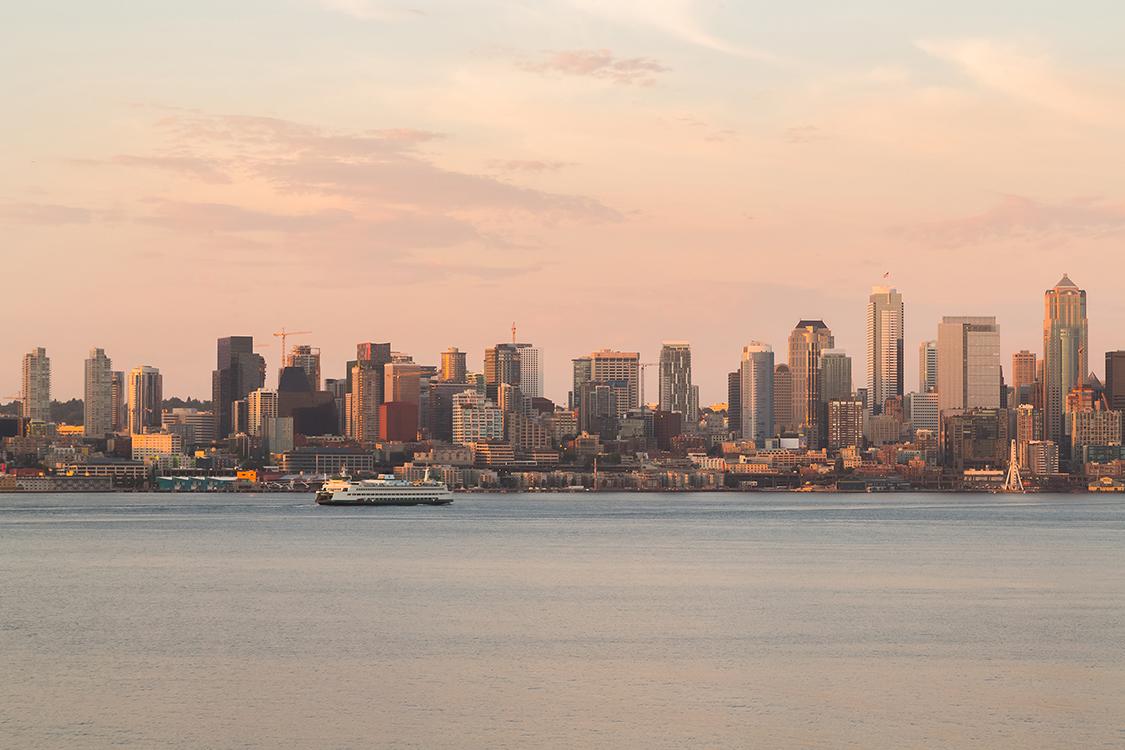 3 bedroom luxury condos in Seattle - Alki beach condos - The Pinnacle at Alki