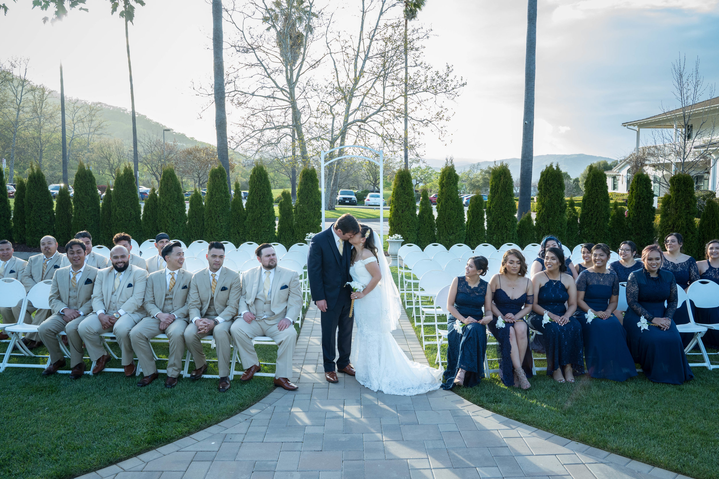 Family and Bridal Party 77-7.jpg