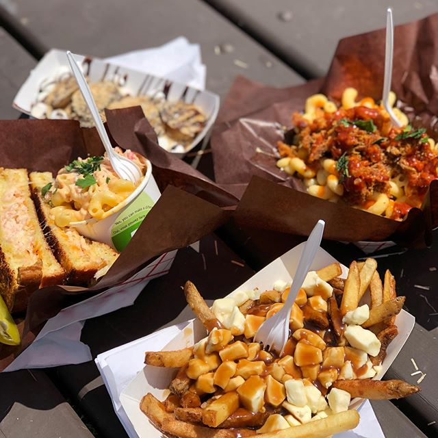 Festival food!! Not your average calories, be sure to try the @meltdowncheesery lobster grilled cheese, @crazy_canuck_restauranteh poutine and @tropicloveyou mini pancakes!