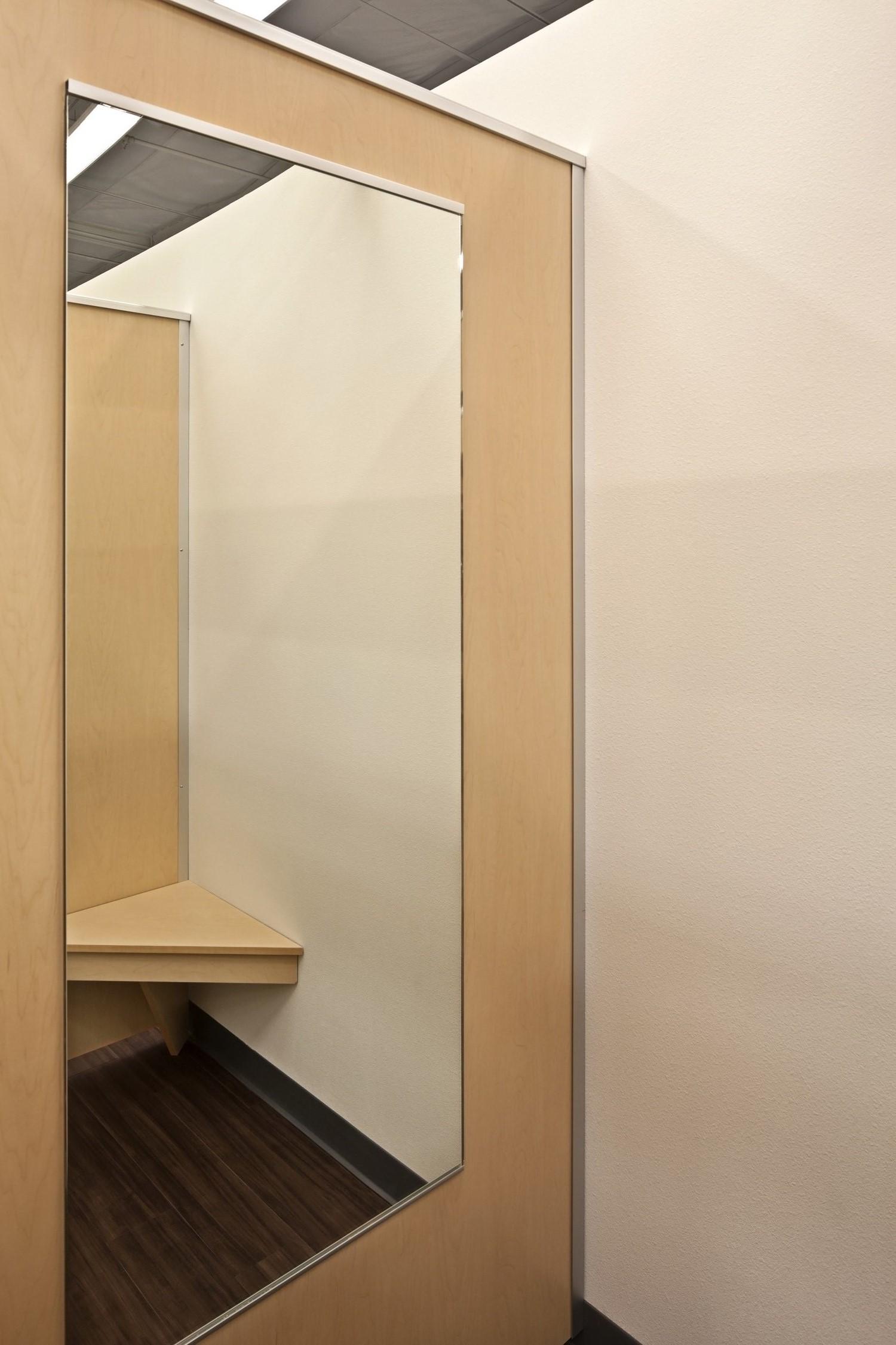 Burlington Fitting Rooms Mirror_Trim.jpg