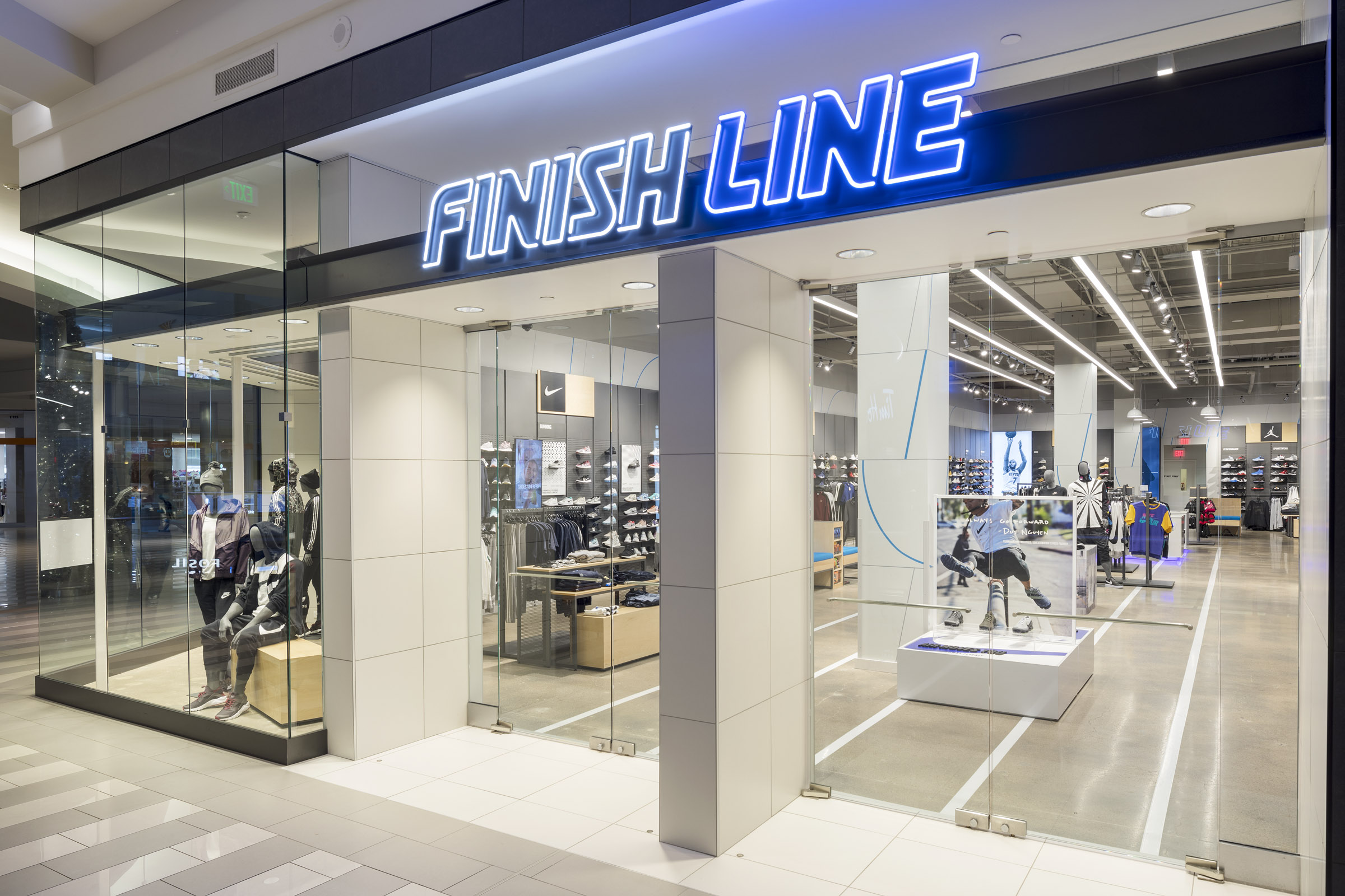 finishline03.jpg