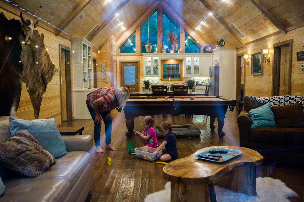 family cabin vacation hochatown oklahoma southeastern oklahoma luxury rentals creekside creek lake ouachita forest beavers bend state park