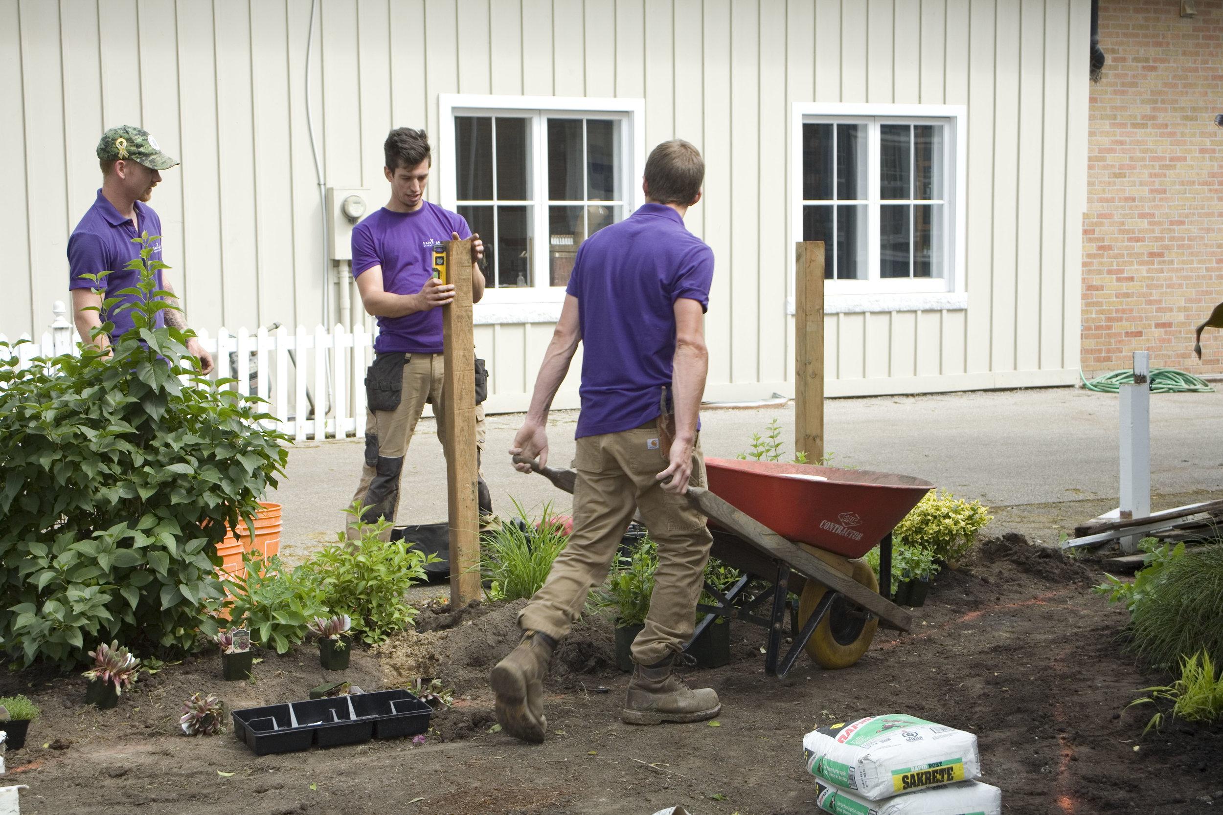 Extra Gardening Services -