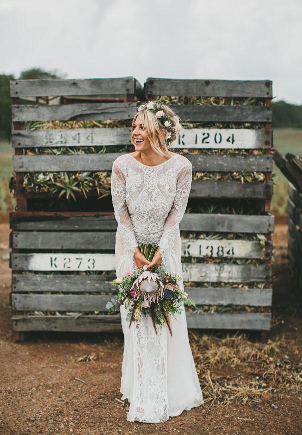 grace-loves-lace-pineapple-farm-wedding15.jpg