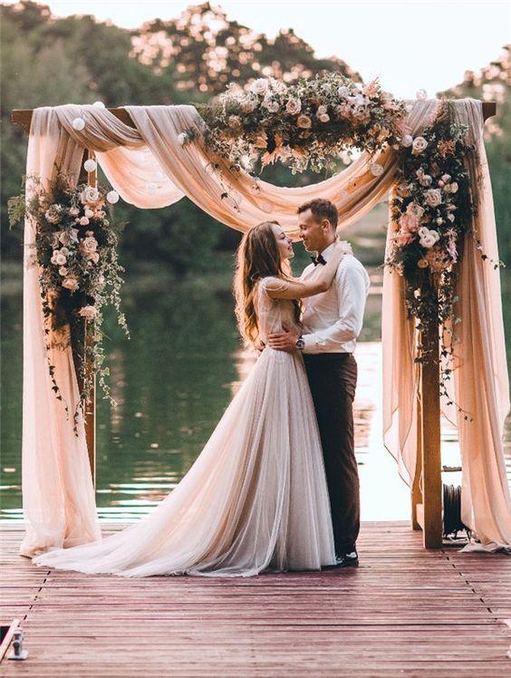 Photo via Wedding Include