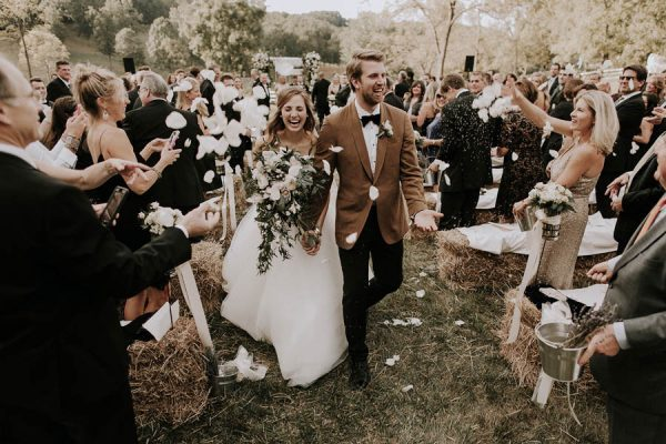 Photo by  Bradford Martens , via  Junebug Weddings