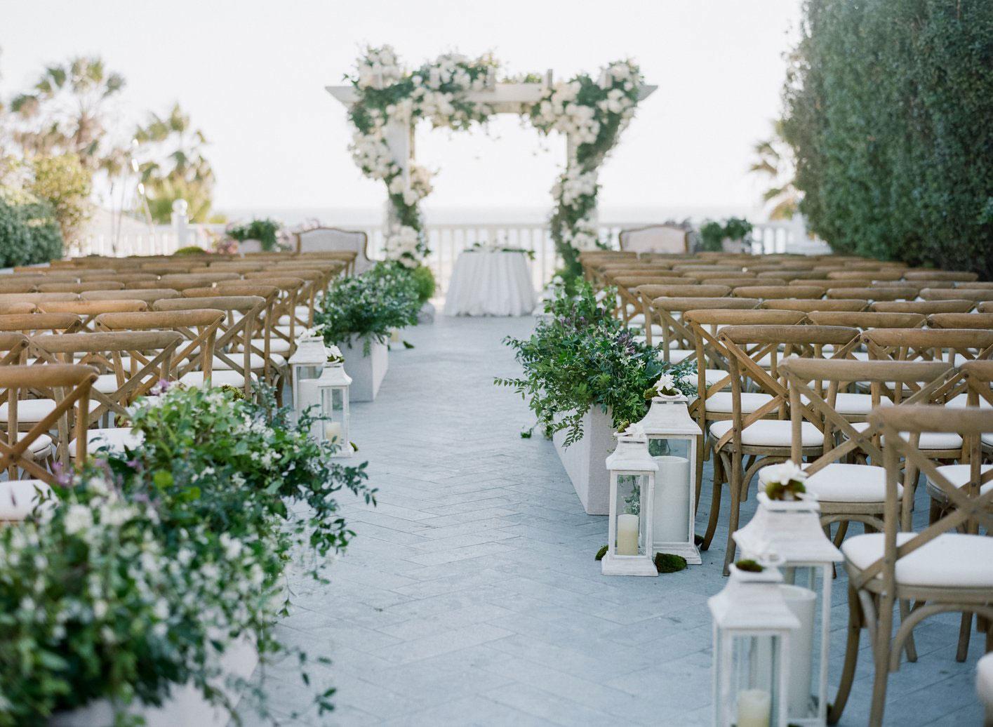 Photo via  Inside Weddings