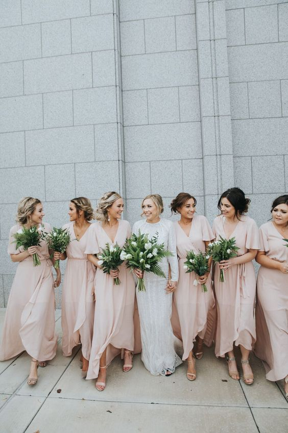 Photo via  Alta Moda Bridal Boutique