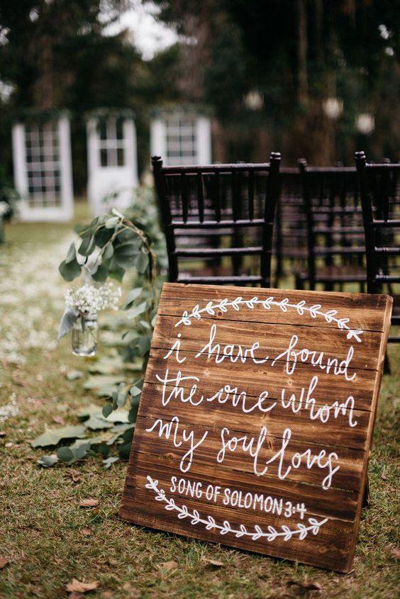 Photo via  Rustic Wedding Chic
